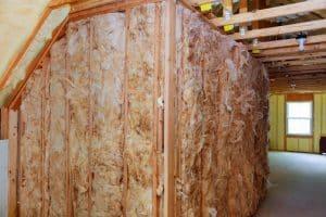 Heat insulation and wooden logs - EcoStar Foam